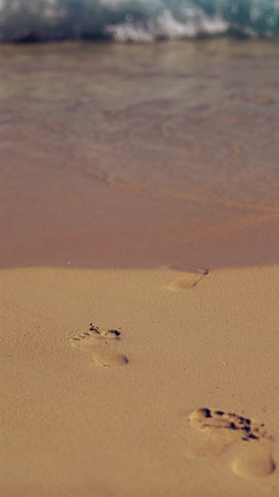 Sea-Beach-Footprint-Vacation-Summer-Dark-iPhone-6