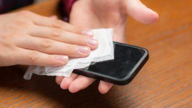 طريقة تنظيف الايفون من دون تلف الشاشة